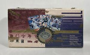 1996-Leaf-Football-factory-sealed-card-box-18pks