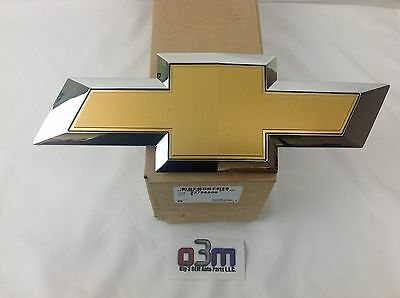 Chevrolet GMC 2500 or 3500 Emblem Front and Rear Bow Ties GM 22786809 OEM