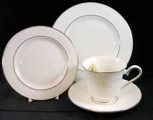 Lenox-SAND-DUNE-PLATINUM-3-Piece-Dessert-Set-SHOWROOM-INVENTORY-MINT