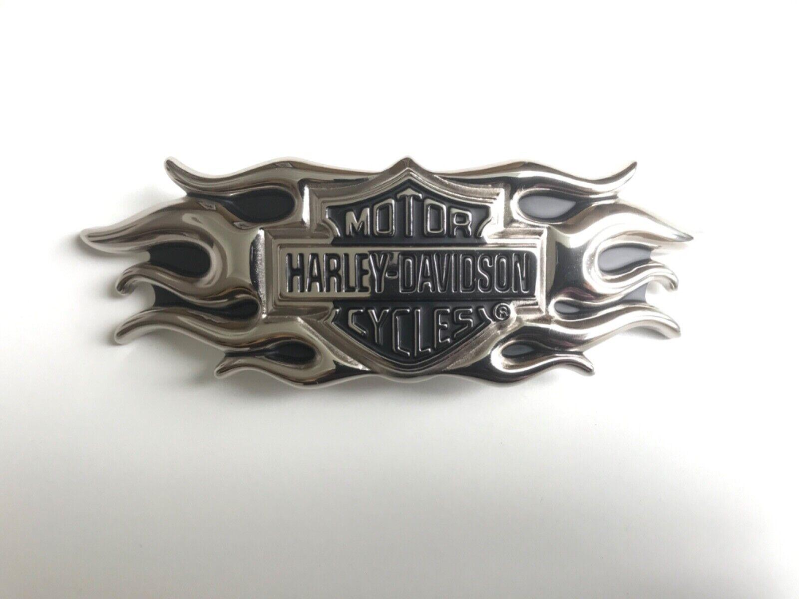 Harley-Davidson mens collectable belt buckle.#9955504V.Nickel plated B&S ,flames