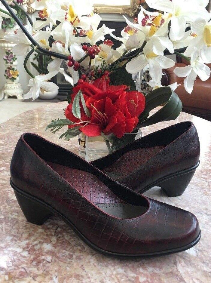 all'ingrosso economico e di alta qualità New Dansko Remy Croc Embossed Embossed Embossed Burgundy Leather Pumps Heels scarpe US 9.5-10 EU 40  merce di alta qualità e servizio conveniente e onesto