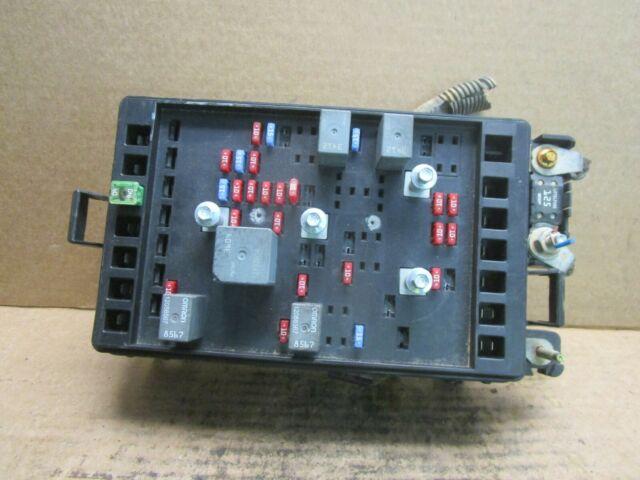 Gmc Envoy Fuse Box Relay Junction Block Panel Compartment Oem 02 03 2002 2003