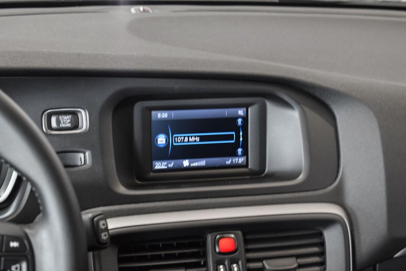 Volvo V40 2,0 T3 152 Kinetic - billede 10