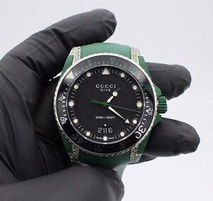 e53cf4b2952 Chargement de image gucci dive black green rubber men watch with jpg  300x283 Dive gucci watches