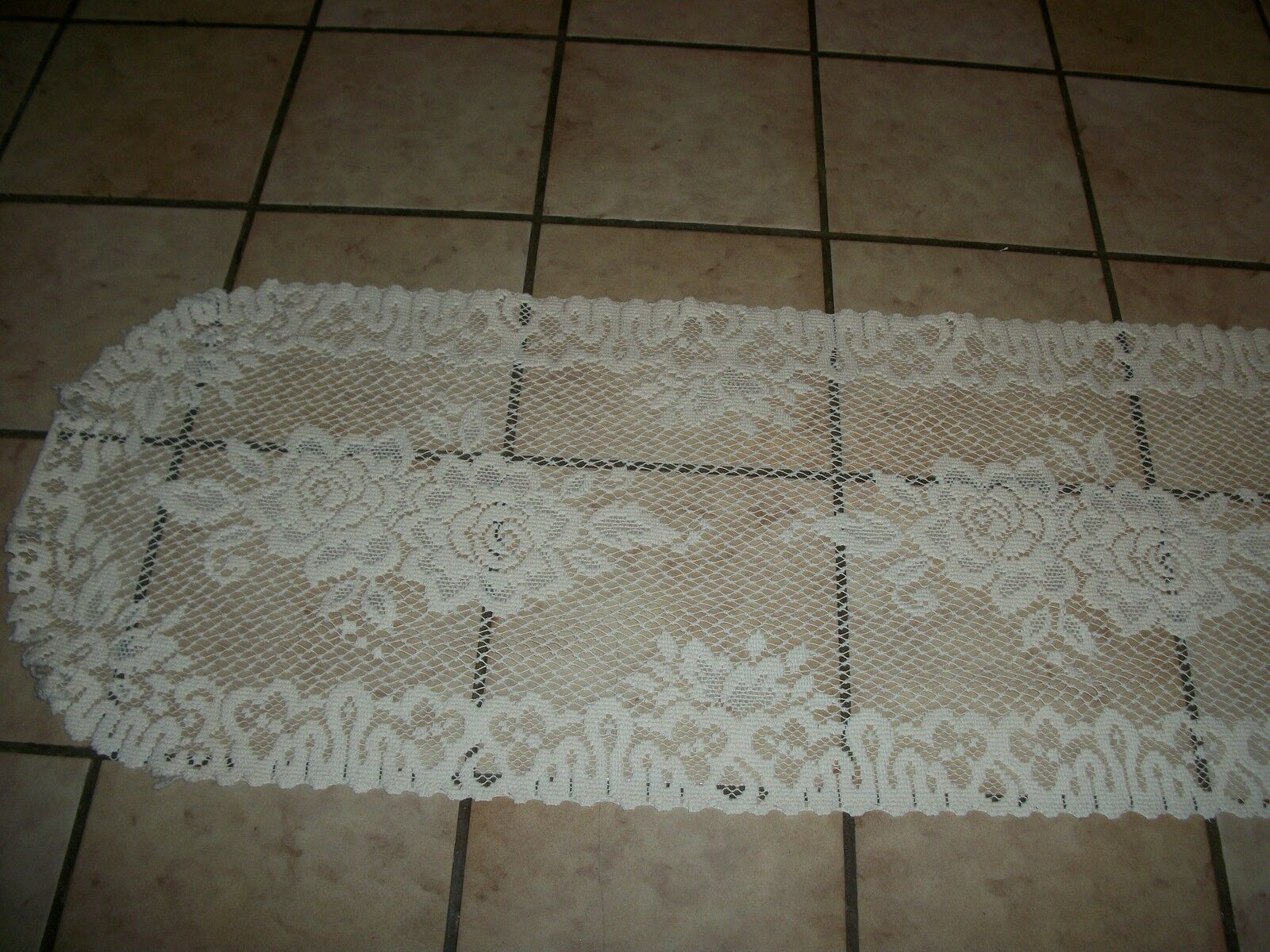 Vintage Liechtenstein Lace Table Cloth runner taille 14  X 53  pouces ECRU IVOIRE