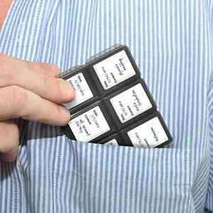 Memory-Case-12-Slots-For-Sony-DSC-HX10V-DSC-HX20V-DSC-HX200V