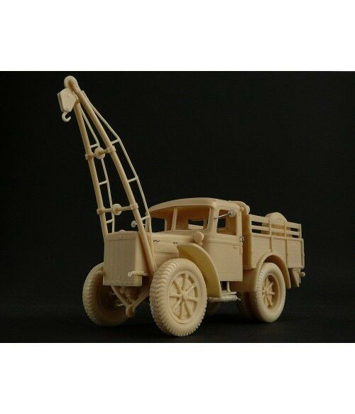 1 35 Breda 41 Tractor Recovery 4x2 - High Quality Resin KIT by Fankit Models