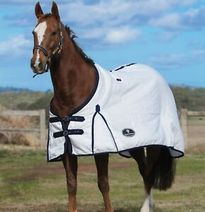 Image Is Loading Flag Horse Rug 210 Gsm By Unicorn Equestrian