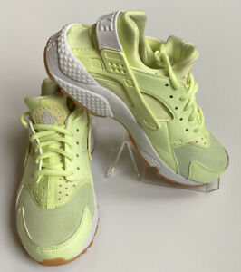 Details about Nike Air Huarache Run Barely Volt White Gum Yellow 634835-702 Women's Sized 7.5