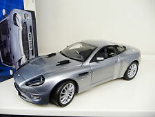 1:12 Kyosho Aston Marin Vanquish V12 Die Another Day 007 James Bond NEU NEW