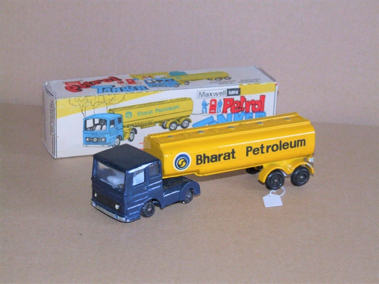 Maxwell Mini (India) 603 Petrol Tanker BHARAT PETROLEUM