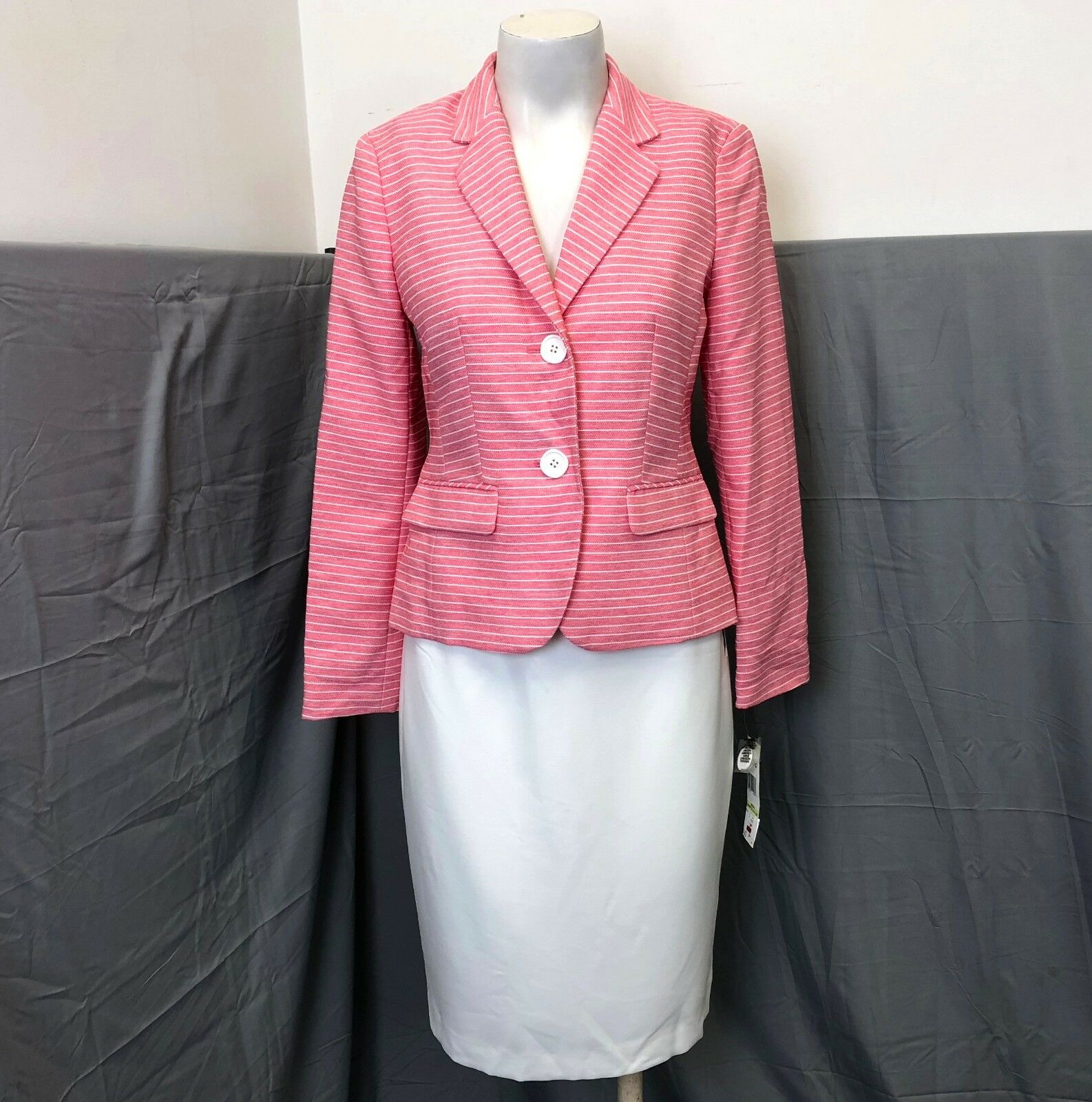 NWT Le Suit Strawberry Vanilla Ice Pink White Stripe 2 Piece Skirt Suit Size 4