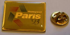 PARIS-AIR-SHOW-LE-BOURGET-1993-HONEYWELL-espace-aviation-vintage-pin-badge