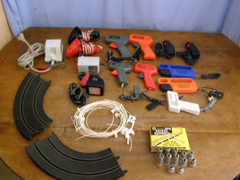 Old toy  Lot of accessories for road circuit