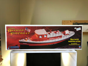 Midwest-Patriot-Fireboat-RC-Capable-1-24-Scale-Plastic-amp-Wood-Model-Kit-993-NIB