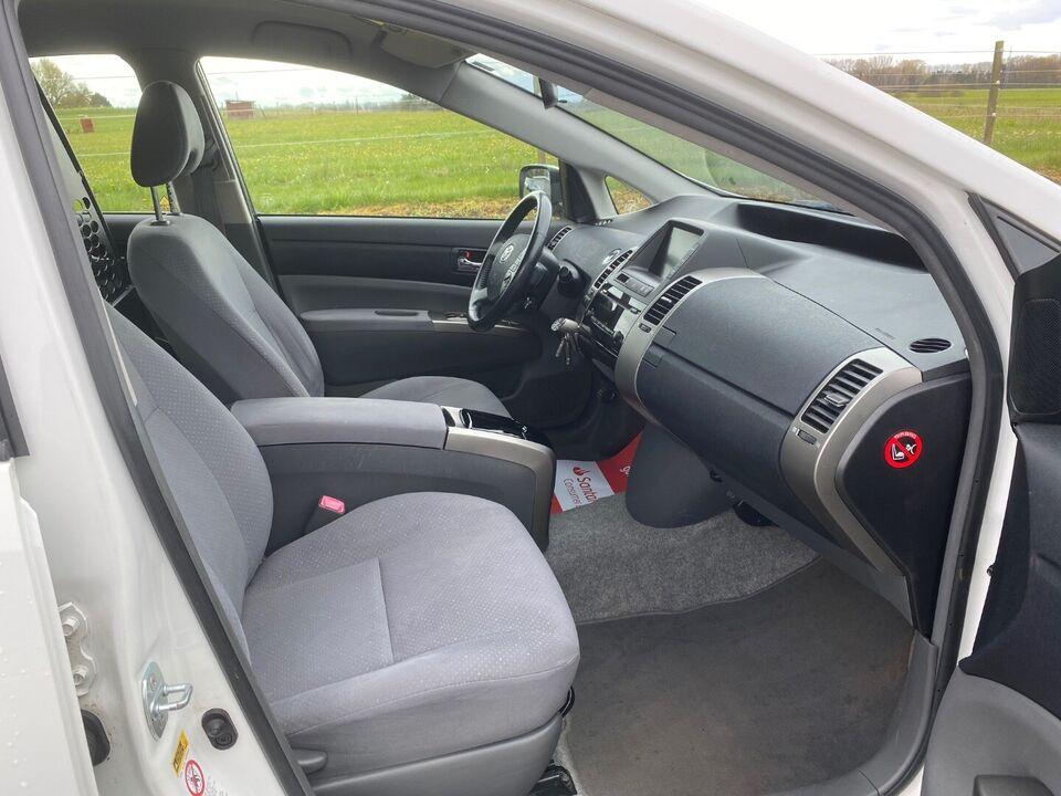 Toyota Prius 1,5 Luxus aut. Van Benzin aut. Automatgear