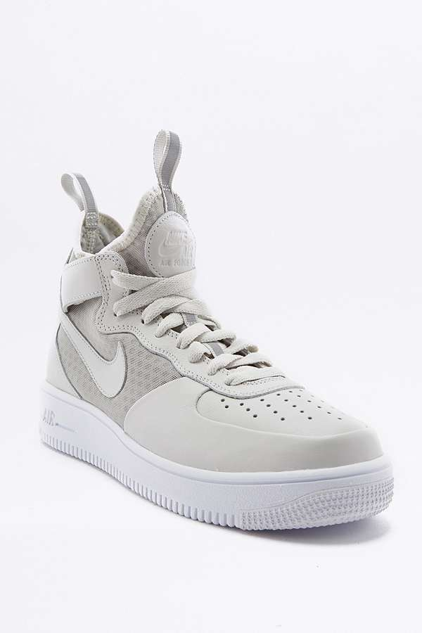 Nike Air Force 1 blanc Light High Top Trainers4 Sneakers 97 thea 95 1