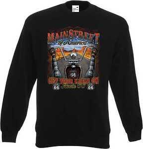 Sweatshirt-in-schwarz-mit-einem-Biker-Chopper-amp-Old-Schoolmotiv-Modell-Mainstree