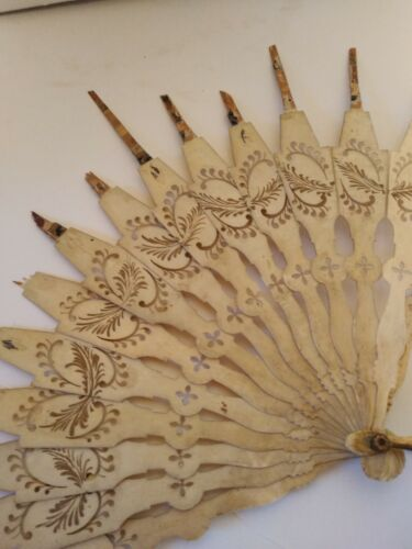 Antique hand fan french