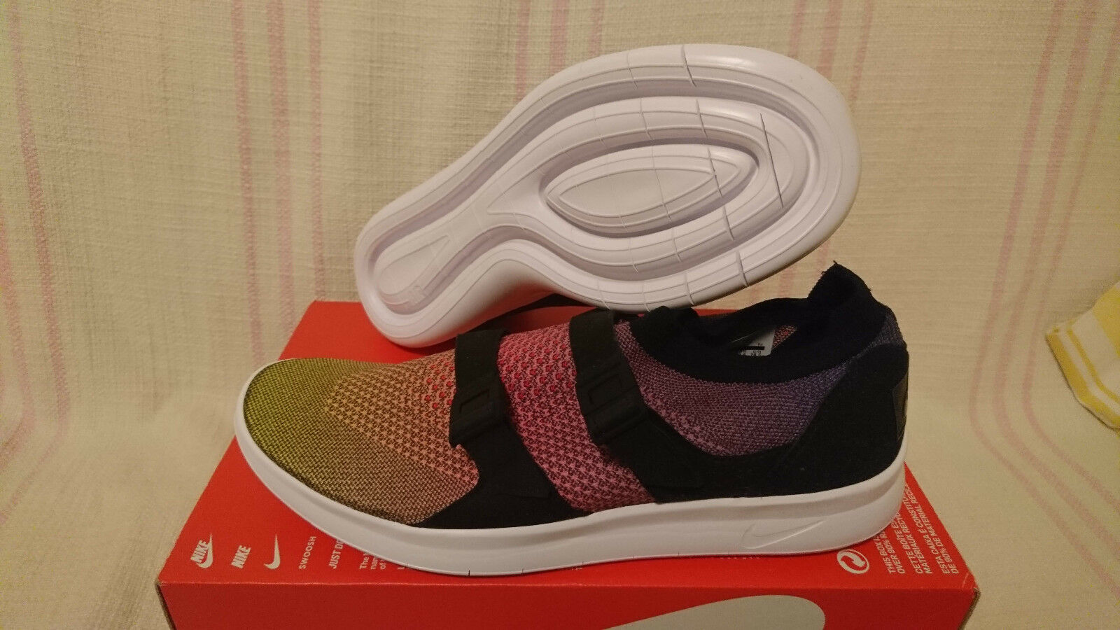 Nike Air Sockracer Flyknit Prm Slip on Be True Pride Multi 898021 700 Size 10.5