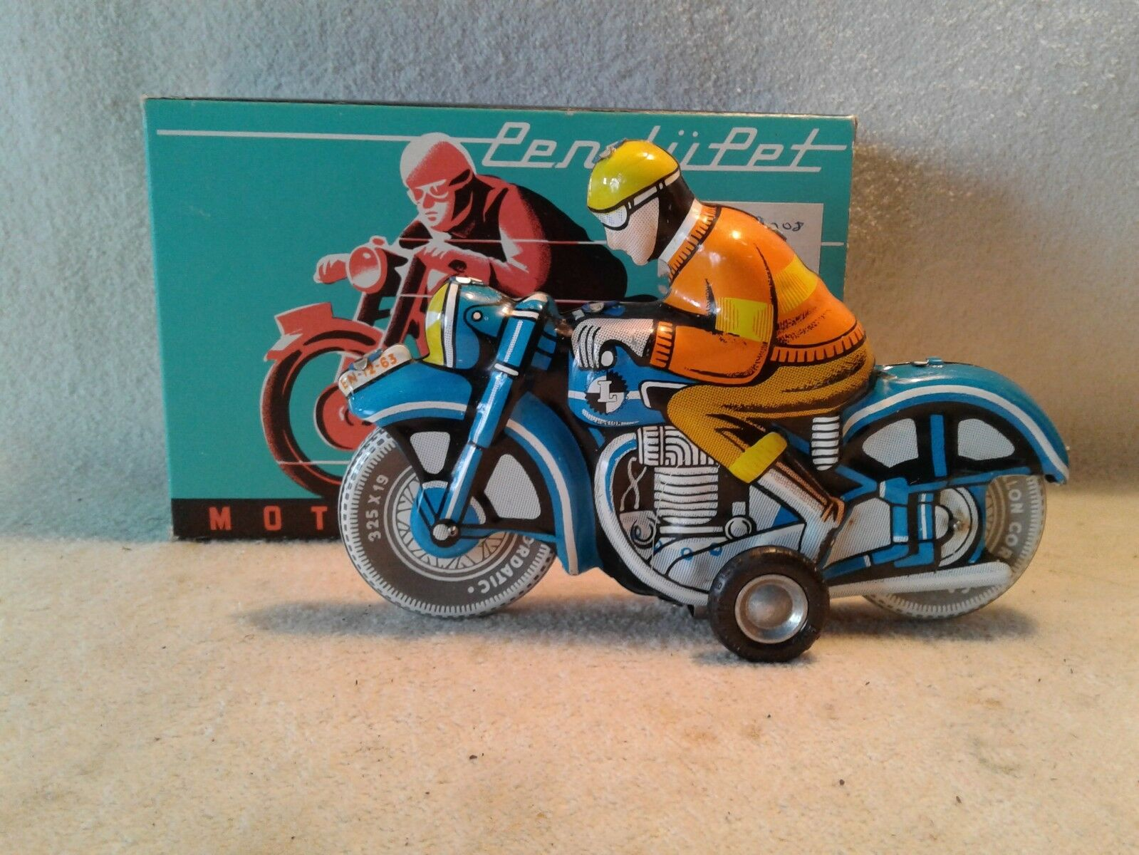 Vintage Tin Friction Toy Motorcycle with Driver Motorkerekpar Made in Hungary