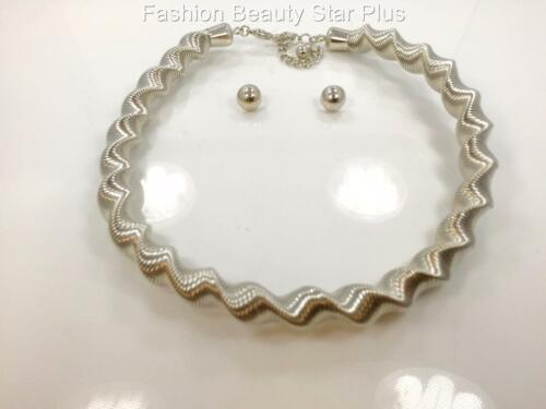 Metal Twisted Coil Choker Necklace Gold or Silver