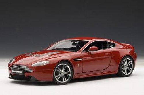 Autoart Aston Martin V12 Vantage (Rojo) 2018