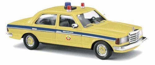 """BUSCH 46869 Spur H0 Mercedes W 123 Limousine /""""Milizia/"""" #NEU in OVP#"""