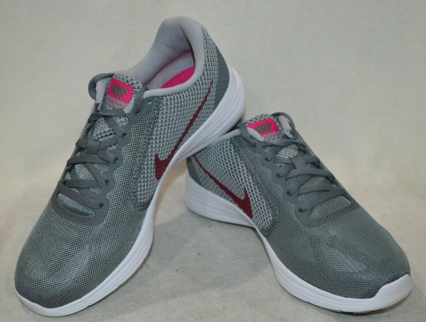 2431f70ca61ad Nike Revolution Cool Grey Pink Women s shoes-Asst Sizes NWB 819303-022  Running 3 ondszr8380-Women s Trainers