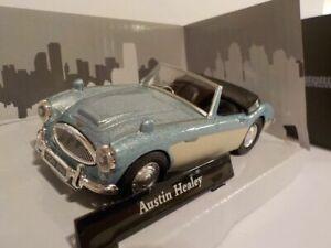 AUSTIN-HEALEY-100-6-MODEL-CAR-1-43-SCALE-BLUE-WHITE-CARARAMA-SPORTS