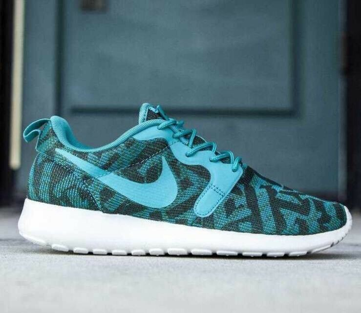 NIKE ROSHE ONE KJCRD MILITERY GREEN/EMERALD AUTHENTIC WOMEN'S RUNNING SHOES 100% AUTHENTIC GREEN/EMERALD f903d5