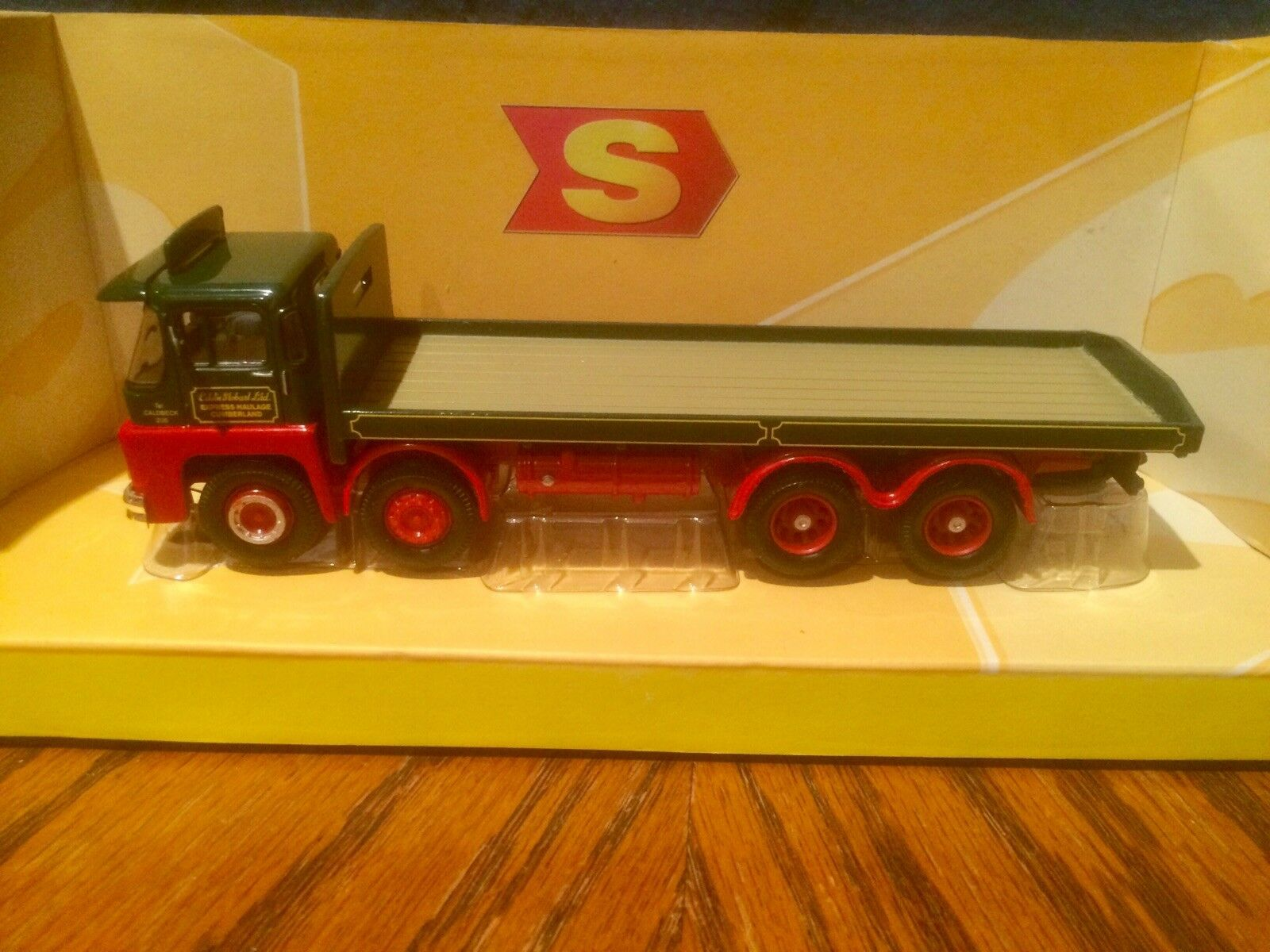 Corgi EDDIE STOBART GUY INVINCIBLE 8 WHEEL PLATFORM LORRY - CC29103 (Boxed).