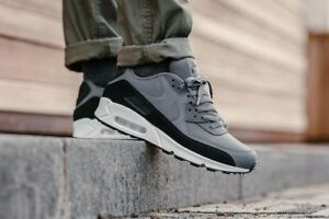 finest selection 5bcf7 0d320 Image is loading Nike-Air-Max-90-Essential-black-dark-grey-