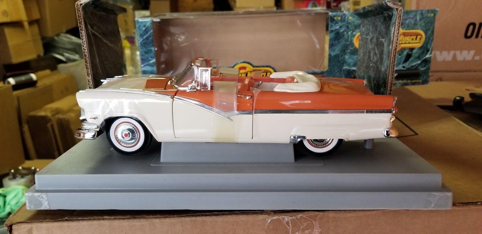 punto de venta barato 1 1 1 18 Ertl American Muscle 1956 Sunliner Naranja Crema  entrega rápida