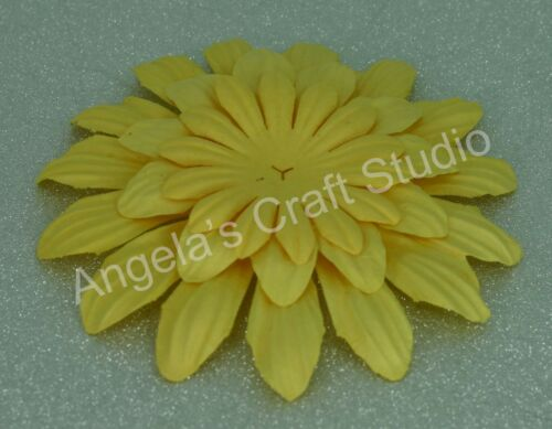 "9 x /""YELLOW/"" Paper Flower Petals by Green Tara 3 Sizes Scrapbooking Cards"