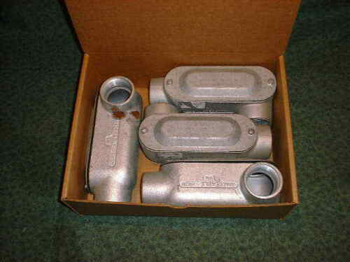 4 NEW OZ-Gedny LL-150 29542-C2 Electrical Conduit Boxes
