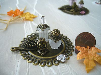 =BEAUTY-SET goldbronze-weiß Flakons Bürste= Parfümerie Miniatur 1:10 / 1:12 byHW