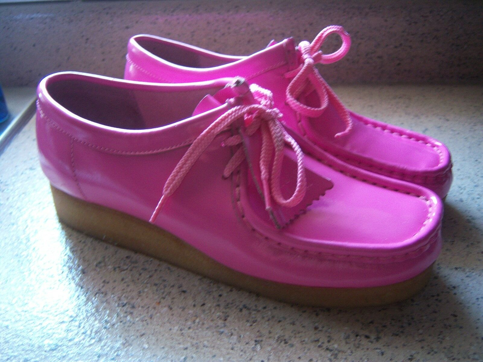 Clarks Wallabees damen 9 Hot Rosa Patent Leather schuhe - RARE