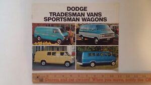 1973-DODGE-Tradesman-Vans-Wagons-Color-Catalog-Very-Good-Condition-CDN
