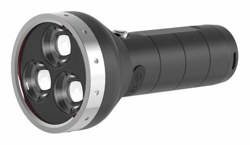 LED Lenser MT18 Taschenlampe spitzwassergeschützt 3000lm Leuchtweite 500m
