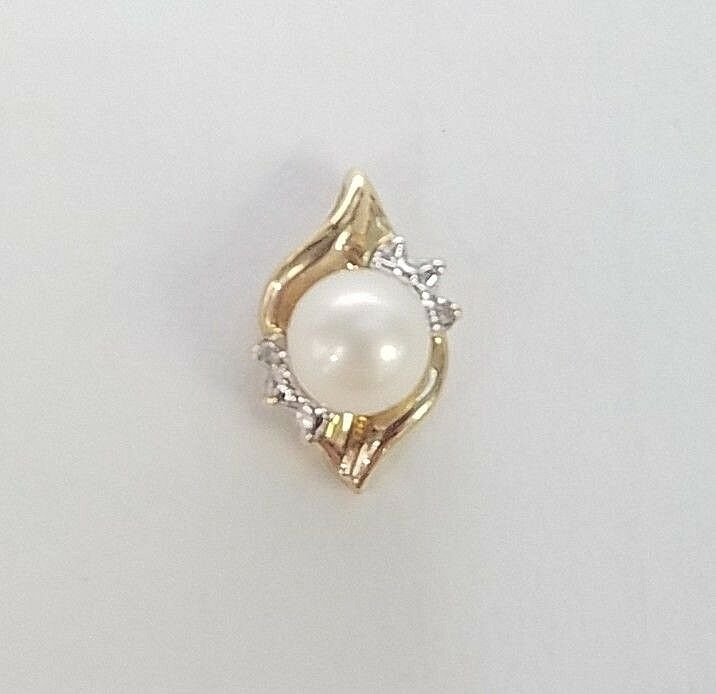 417 10K 10KT YELLOW gold 5.7MM CULTURED PEARL & 1 POINT DIAMOND SLIDE PENDANT