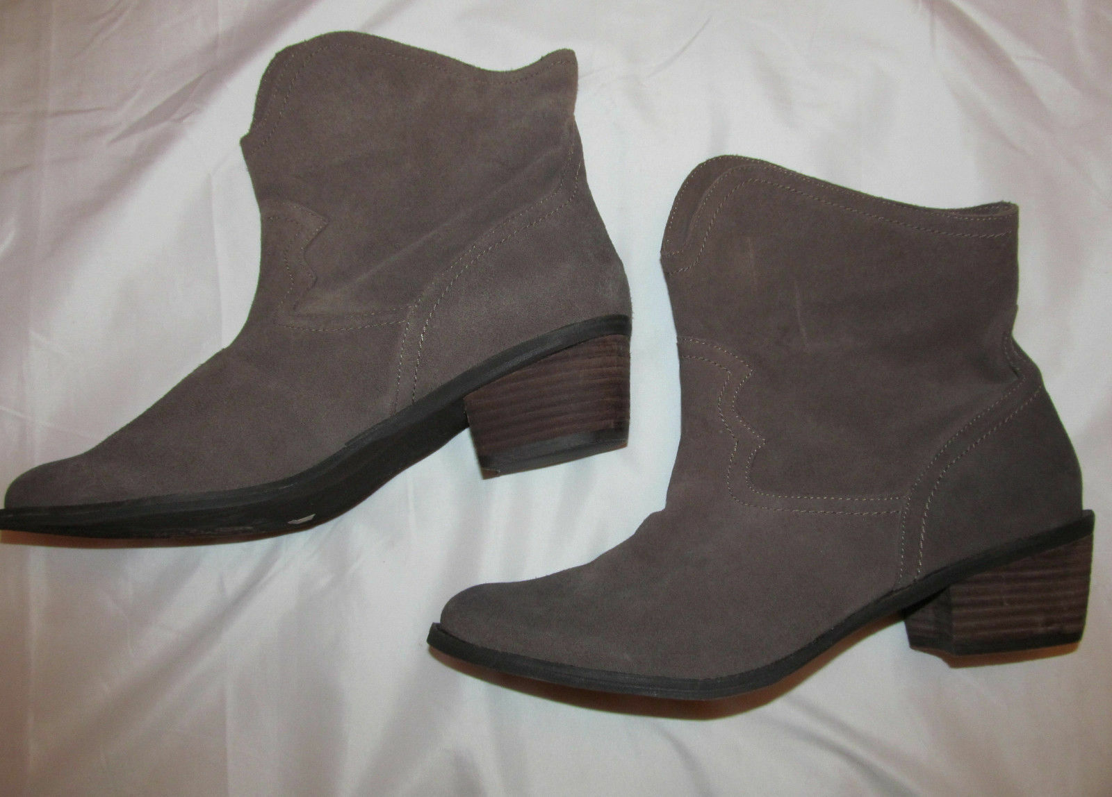 NAUGHTY MONKEY HAVOC country western soft suede taupe leather ankle boots 11 **