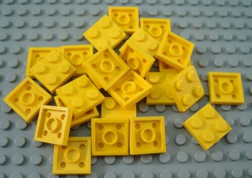 LEGO Lot of 25 Yellow 2x2 Flat Building Plate Pieces