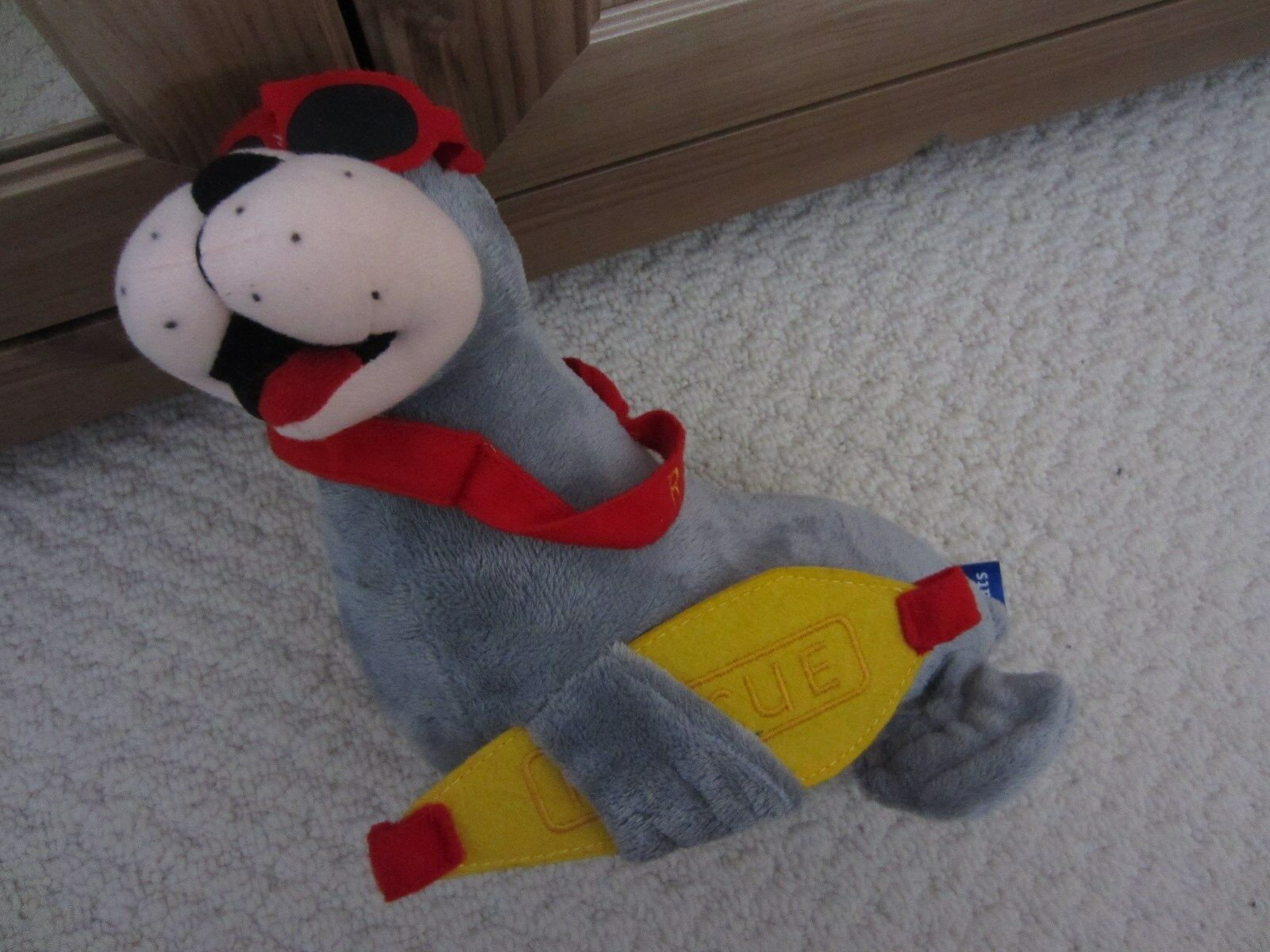 RNLI LIFEBOATS souvenir SEAL SOFT TOY very good condition CUTE