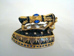 Jeweled-Trinket-Hinged-Box-Rucinni-Iron-Gold-and-Blue