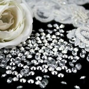 CLEAR-POINTED-BACK-WEDDING-TABLE-SCATTER-DECORATION-CRYSTALS-DIAMONDS-EVENTS