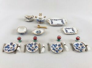 Classic-table-Set-cutlery-dishes-etc-by-Reutter-Porcelain