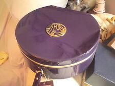 Precioso efecto de patentes púrpura caso de vanidad por Gok Wan, en muy buena condición. vacía, sin envío.