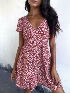 Motel-Rocks-Elara-Tea-Dress-In-Ditsy-Rose-Red-Silver-Size-S-BNWT