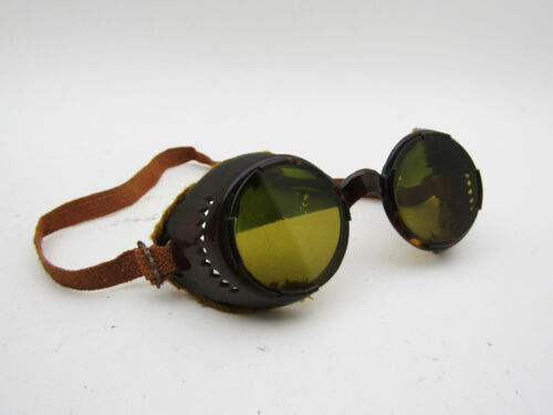 VINTAGE OLD GOGGLES SUNGLASSES Motoring Car Drivin